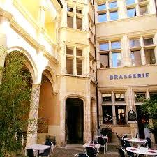 Retrouvez nos vins dans 2 restaurants du Beaujolais